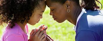 mother teach child to pray556558_548097768594609_953328274_n